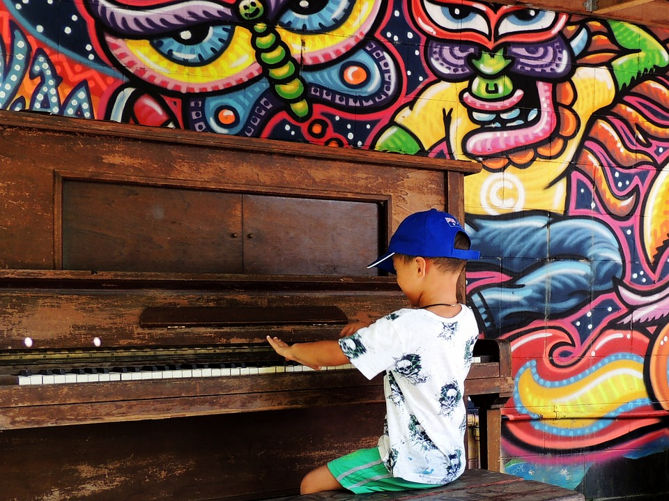 boy at the piano