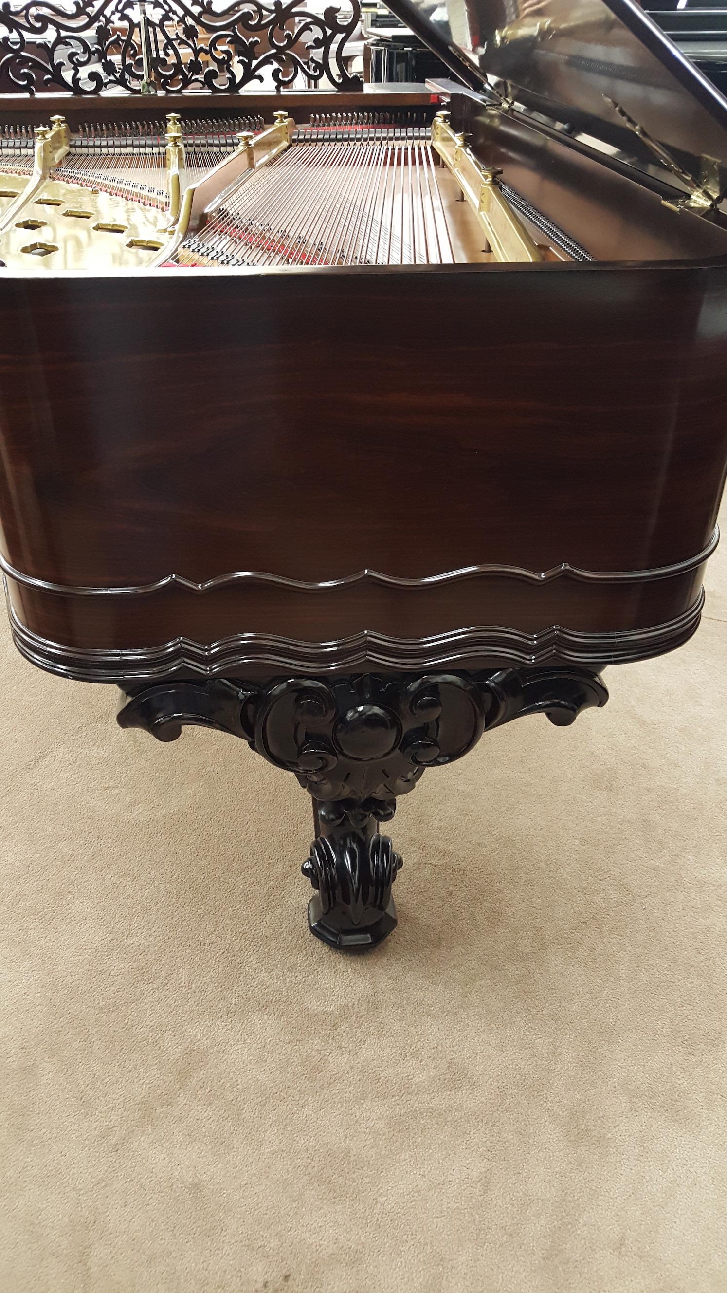 Weber Victorian Grand Tail Leg