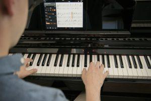 Smart Pianist