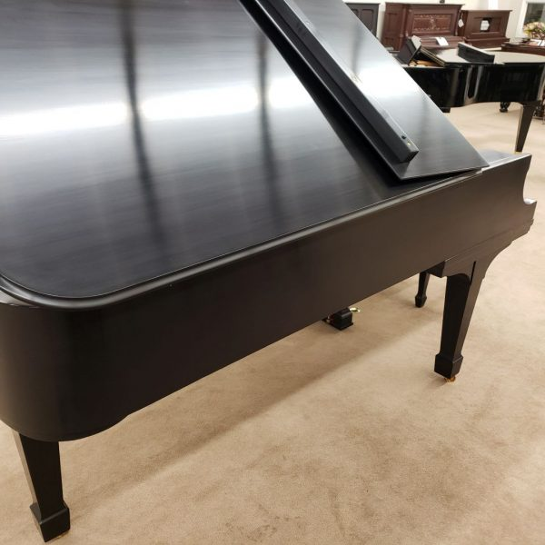 left side and lid of Steinway B